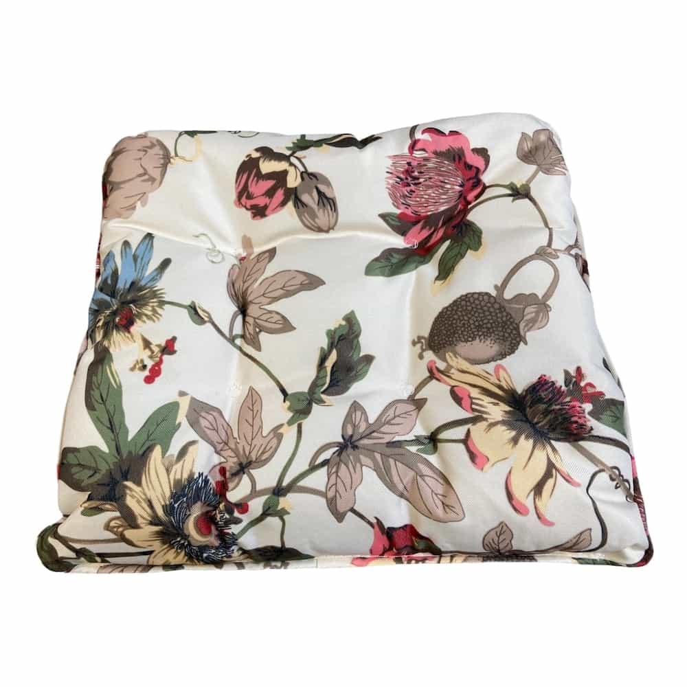 Sitzkissen mit Blumen