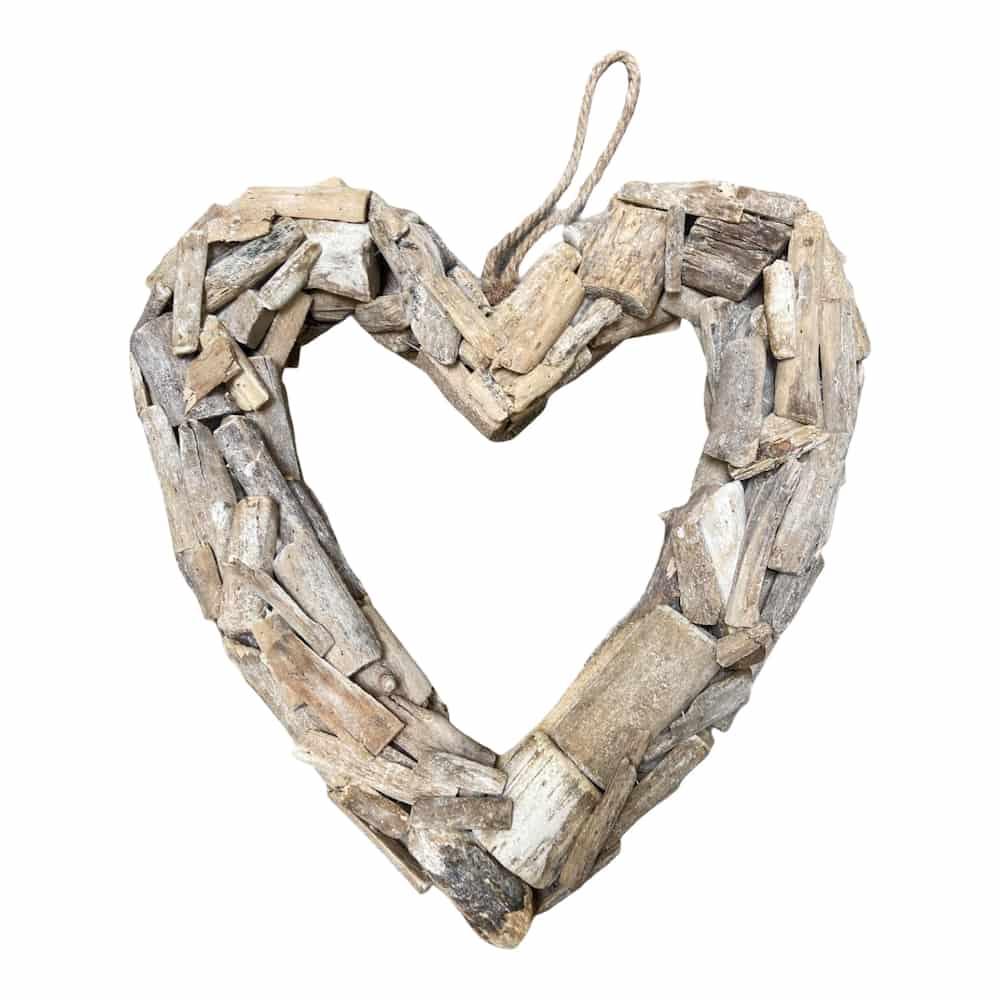 Herz aus Treibholz zum Aufhängen